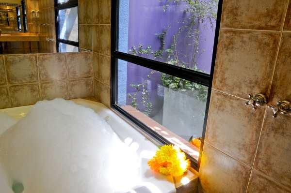 Комфортное и стильное обустройство ванной комнаты