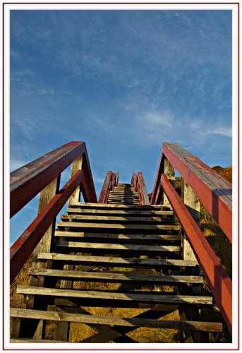 Строим деревянные лестницы своими руками