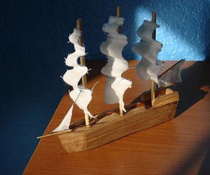 Вырезаем модели кораблей своими руками из дерева
