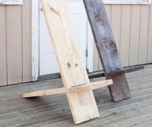 Из дерева тумба для обуви